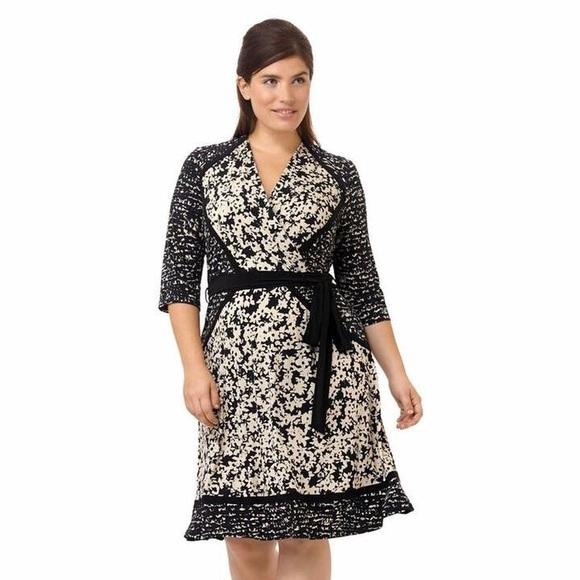 7e4a9ecc7761 Taylor Dresses Dresses   Taylor Dress Faux Wrap Black Ivory   Poshmark